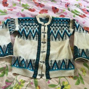 Vintage Norwegian wool sweater